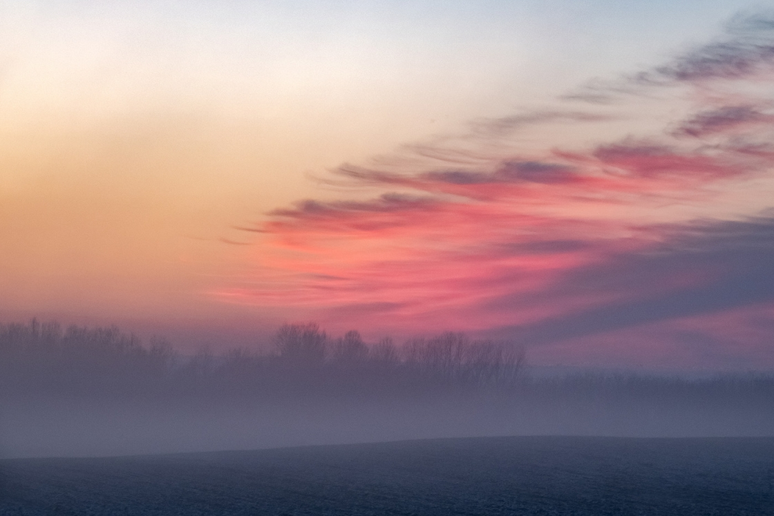 Ködös napnyugta