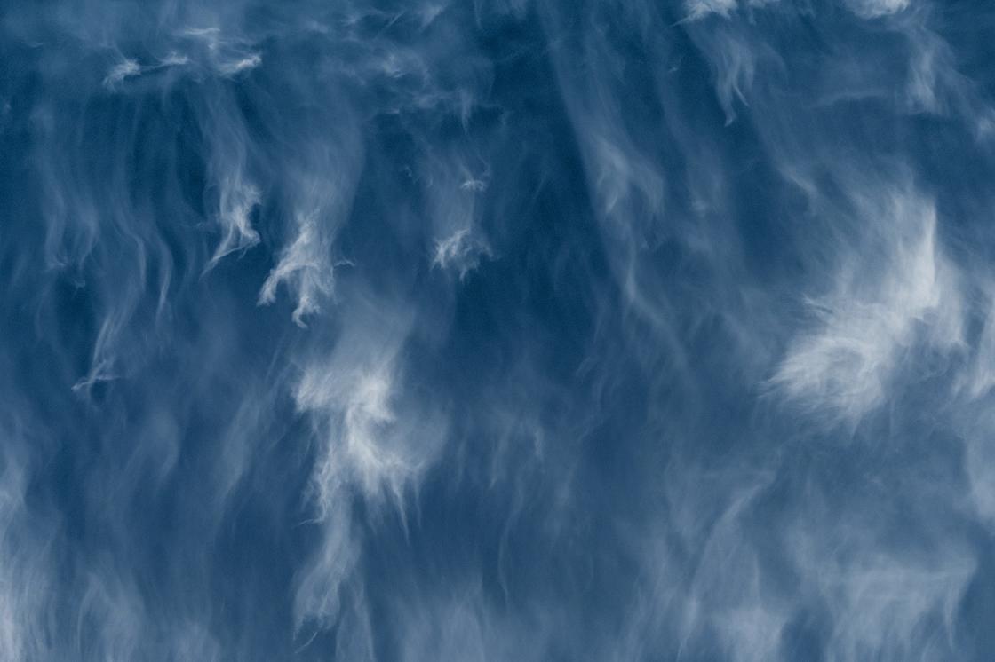 Invázió (Cirrus • pehelyfelhő)